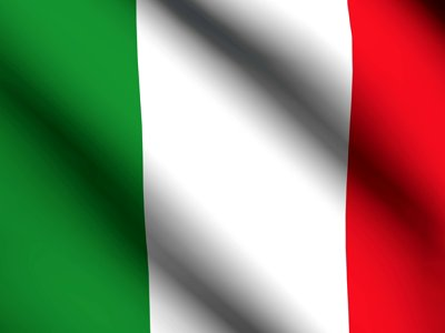 italian-flag-waving