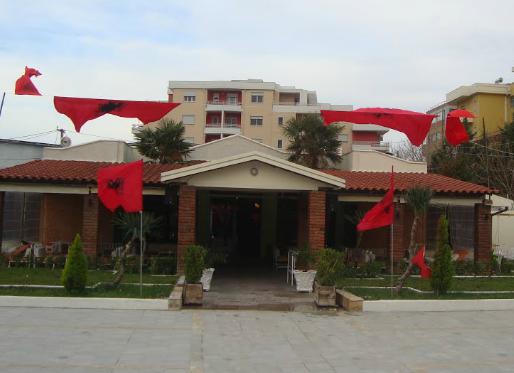 Bar Taushani